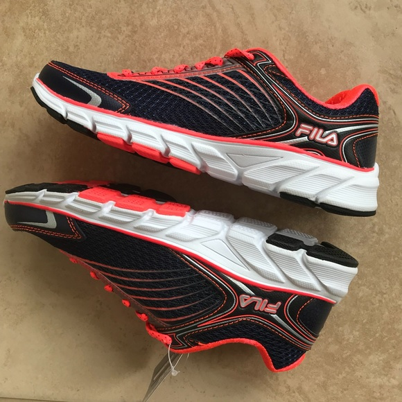 FILA running shoes NWT